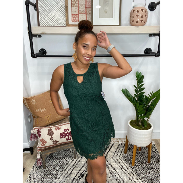 476 Dark Green Keyhole Front Lace Shift Dress