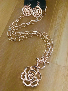 Beautiful In Bloom - Rose Gold Necklace - Paparazzi Accessories - The Bling Peddler