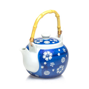 "Teapot W/Strainer Pc 40 Fl Oz.  (6""D  x  5.5""H)"