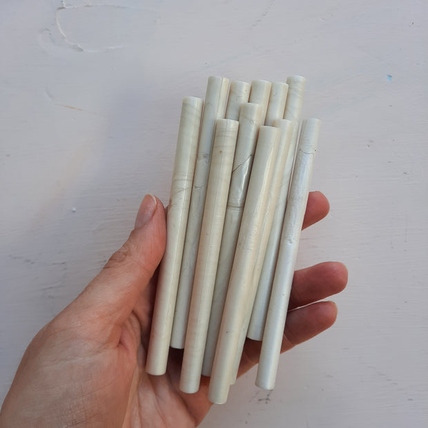 Pearl Cream 7mm sealing wax sticks - THE LITTLE BLUE BRUSH
