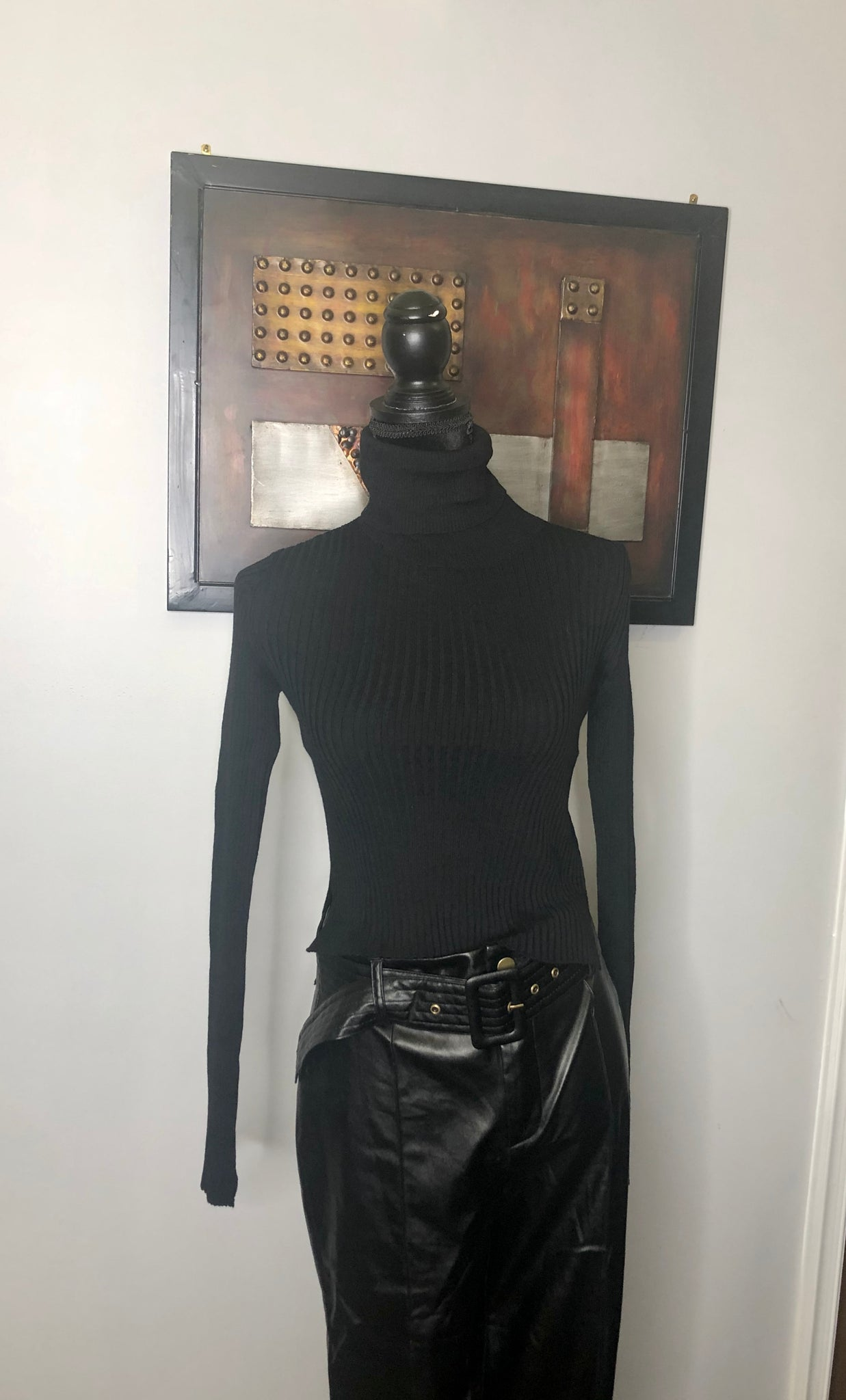 Black Ribbed Crop Turtleneck