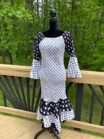 Black and White Polka Dot Hi-lo Dress w/Headwrap (One Size)