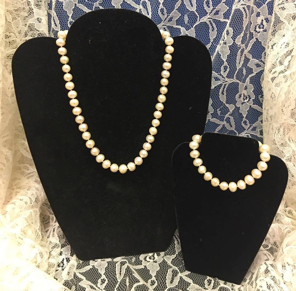 Peach Authentic Fresh Water Pearls Necklace Set