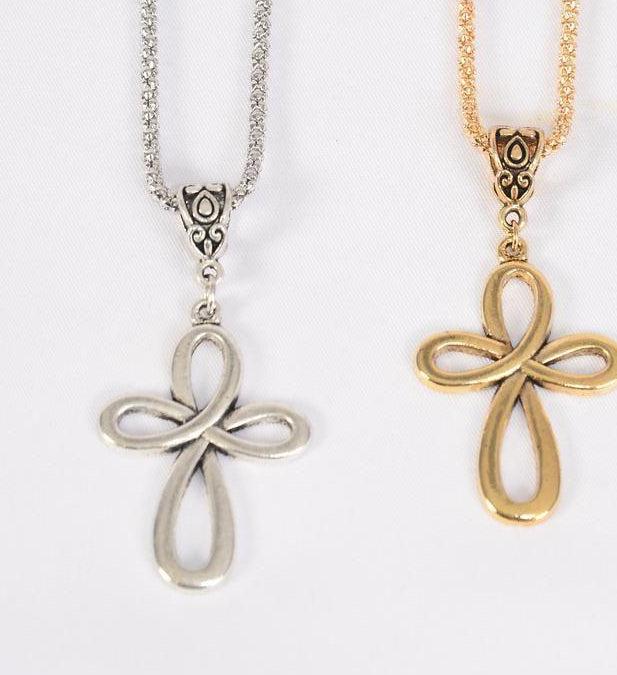 MS-0046 Necklace Chain Swirl Cross Antique Gold  or Silver