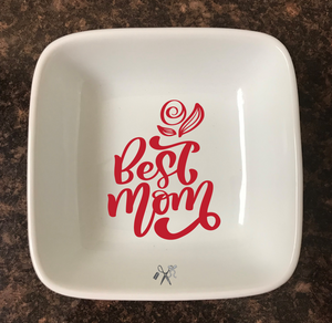 4x4 porcelain square trinket dish. Premium, permanent vinyl applied. Text - best mom with rose. Choice of color.