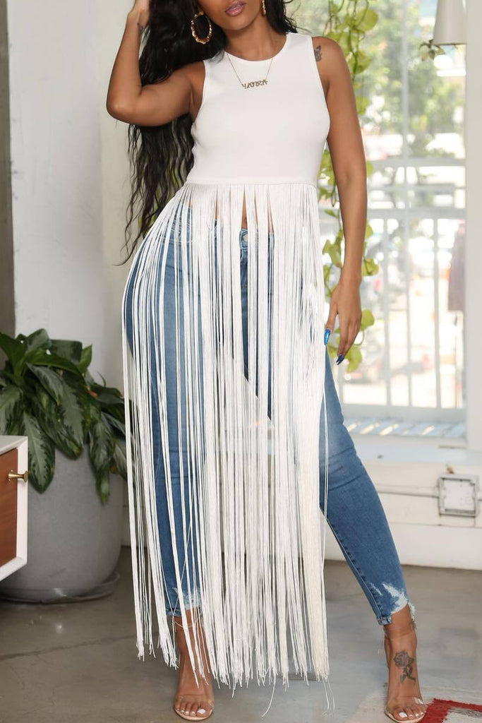 Sleeveless Tassel Hem Solid T-shirt