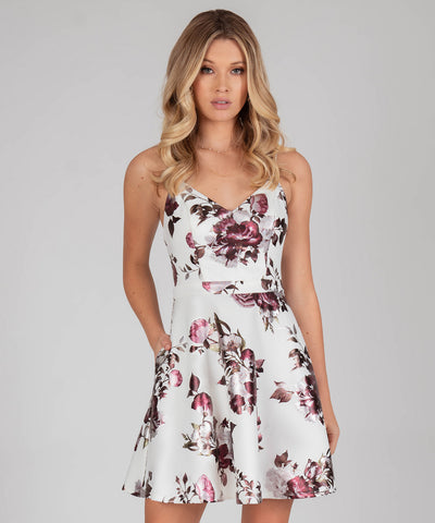 Lacey Lace Back Printed Dress - Image 2