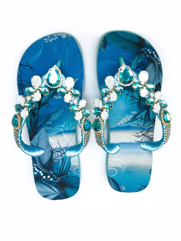 Hand made customized HAVAIANAS flip-flops | exclusive beach and moon pattern | white and blue rhinestones/crystals - Comes with a bag and a face mask with the same pattern - TOP MODEL