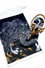 Load image into Gallery viewer, Customized Havaianas sandal, animal print, black and gold rhinestones crystals, lion pattern, adjustable ankle strap - TWIST