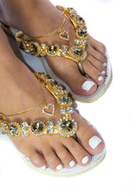 "Load image into Gallery viewer, BRIDE'S MOTHER Customized HAVAIANAS, exclusive floral pattern with ""Bride's Mother"", golden crystal rhinestones - SLIM"