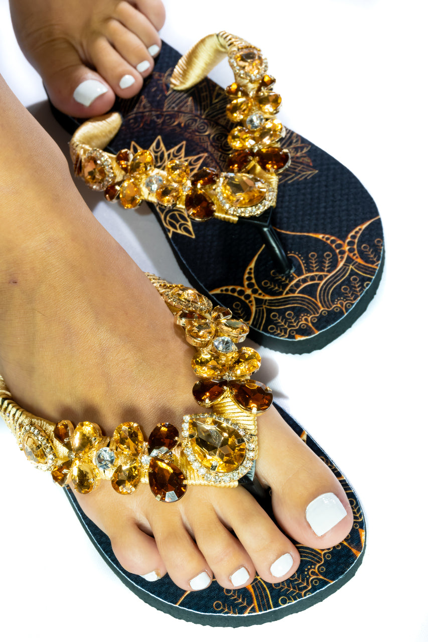 Customized HAVAIANAS, exclusive geometric pattern, various shades of brown rhinestones/crystals - TOP