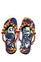 Load image into Gallery viewer, Customized HAVAIANAS, exclusive tiger pattern, animal print and brown rhinestones/crystals - SLIM
