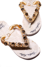 Load image into Gallery viewer, BRIDE'S MOTHER Customized HAVAIANAS, exclusive floral pattern with Bride's Mother, golden crystal rhinestones - TOP