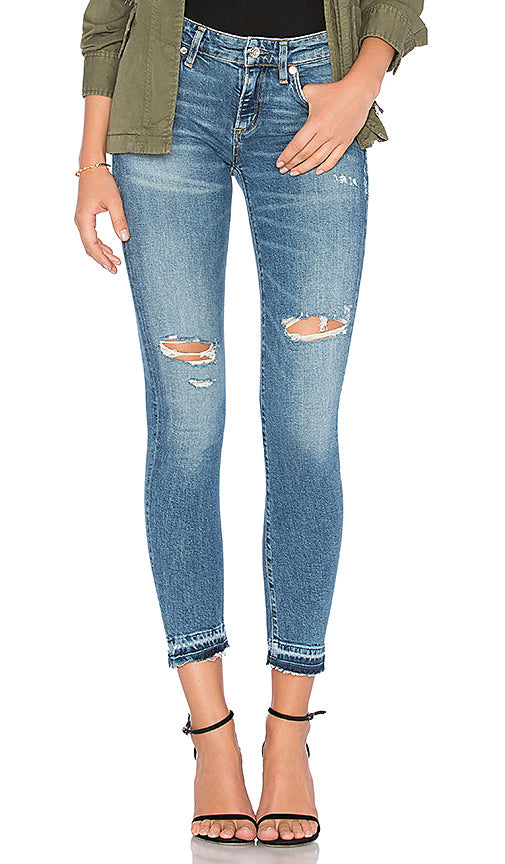 Lara Low-Rise Skinny in Badlands