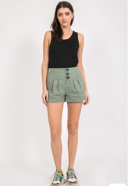 3 Button Pleated Short