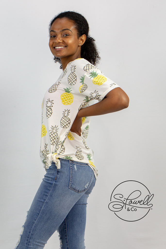 Pineapple Print Tee with Side Knot