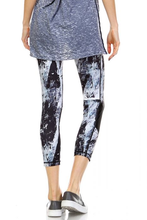 Brush Stroke Print Capri Leggings with Slanted Mesh Window