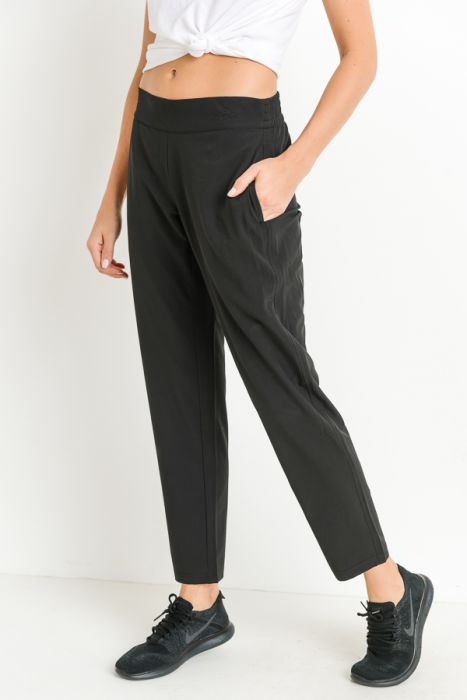 Essential Relaxed-Cut Joggers