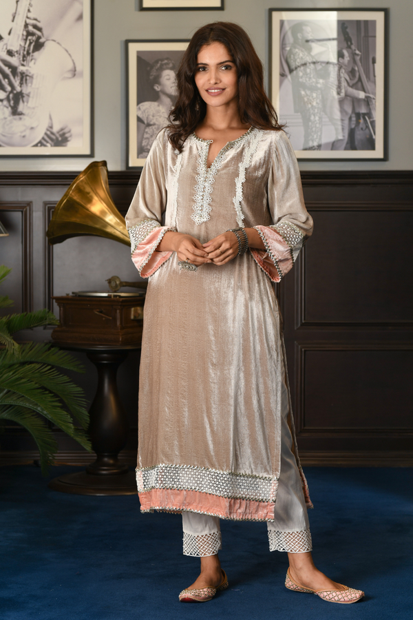 Makhmal Birch Kurta GREY With Fern Pants