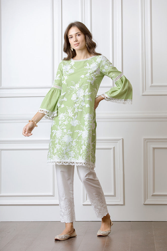 Mulmul Floral Embroidered Pyajamas