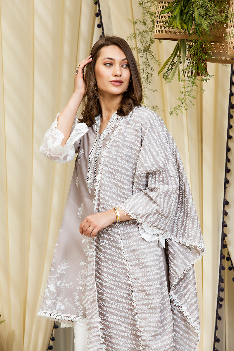 Mulmul Cotton Gemma Kurta With Diagonal Gota Pants