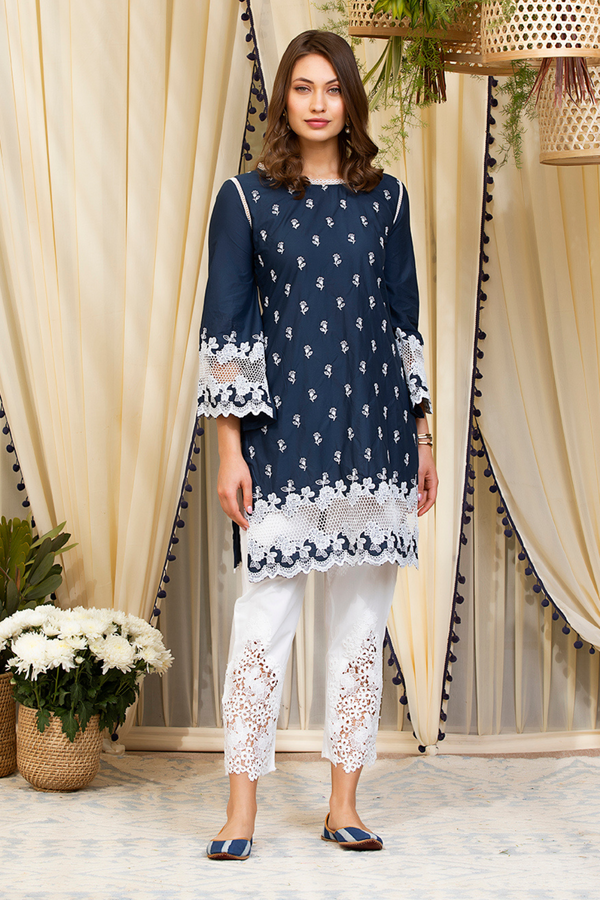 Mulmul Cotton Nora Kurta With Cutwork Pants