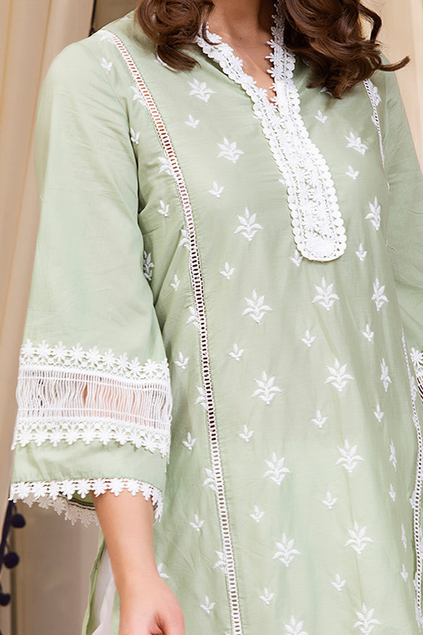 Mulmul Cotton Sandra Kurta With Front Pleated Pants