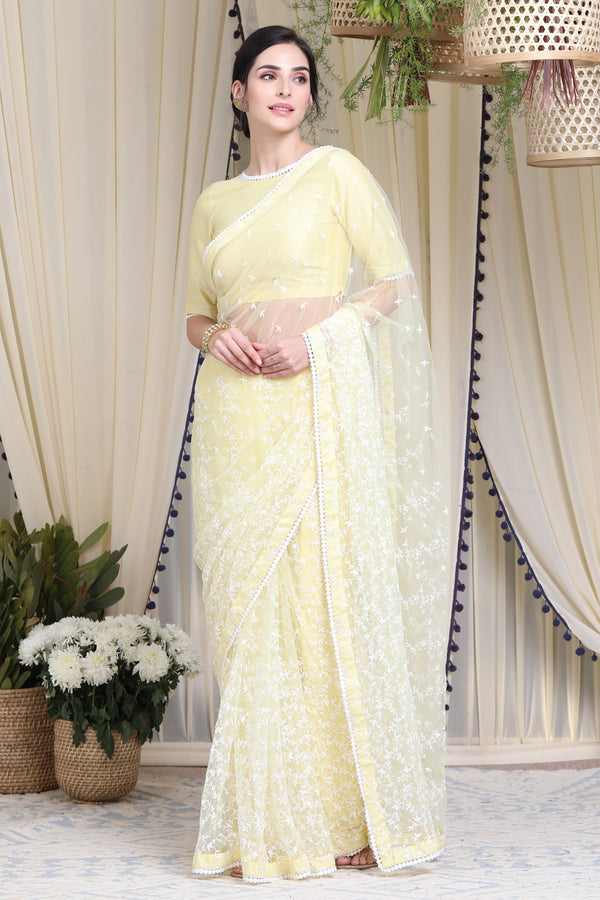 https://cdn.shopify.com/s/files/1/0088/4031/4931/files/yellow_sari.mp4?v=1597126516