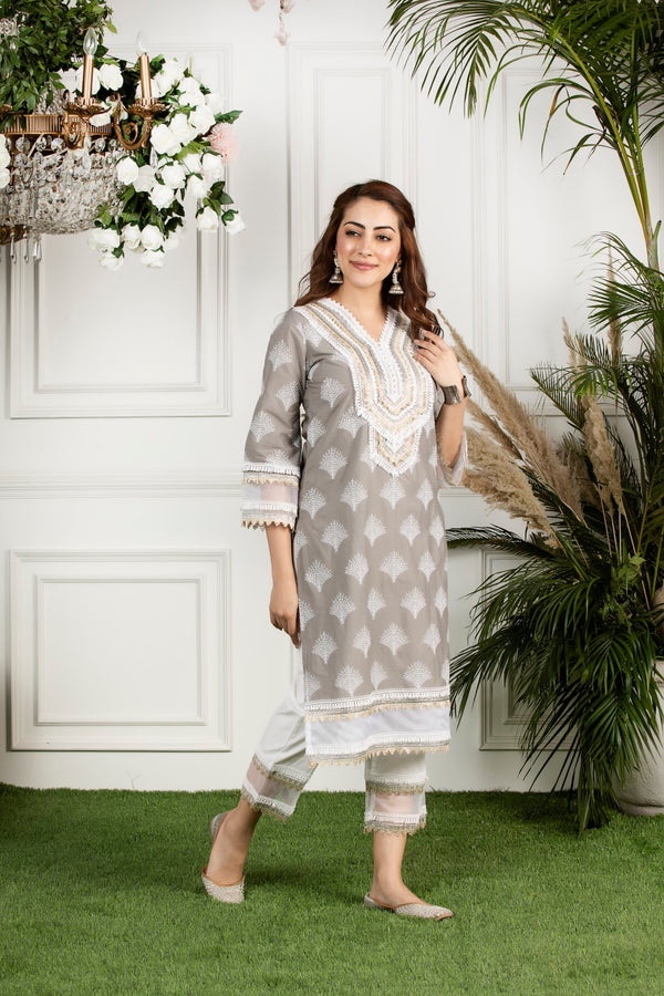 https://cdn.shopify.com/s/files/1/0088/4031/4931/files/Maple_Kurta-_Grey.mov?2840