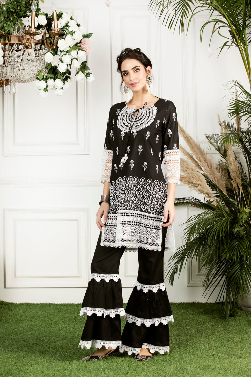 Mulmul Cotton Portia Kurta With Mulmul Lace Garara