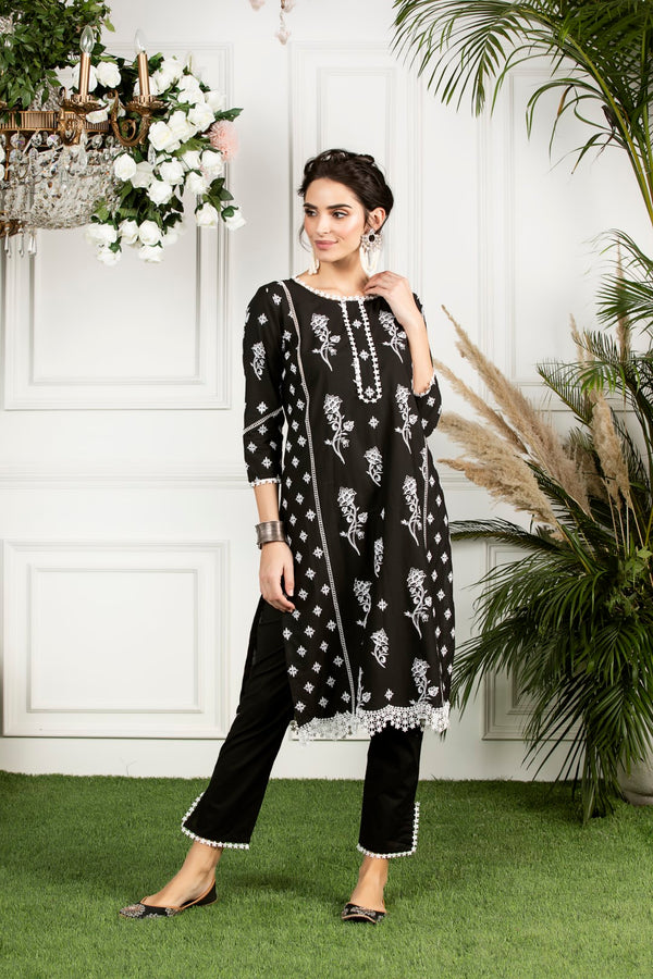 https://cdn.shopify.com/s/files/1/0088/4031/4931/files/Rue_Kurta-_Black.mov?2840