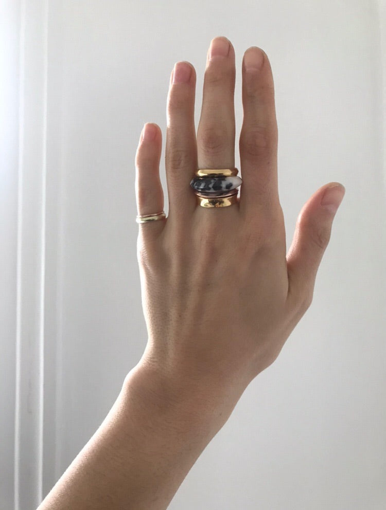 1/2 + 1/2 Ring:Zebra Stone + Green Gold