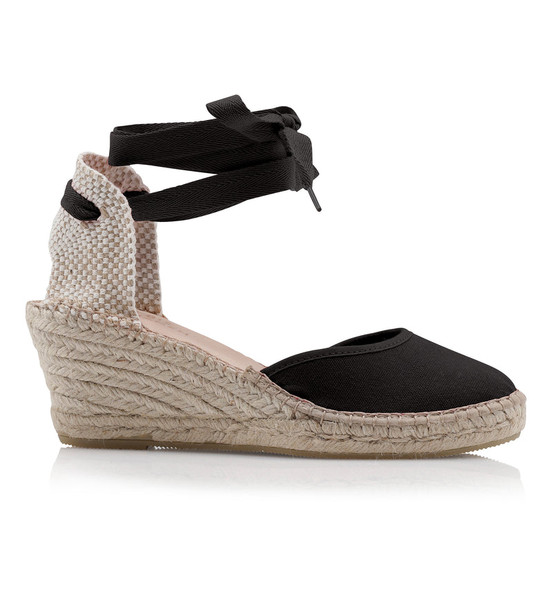 Shoe Biz Frey Tie 5 Rows Canvas Espadrilla Black