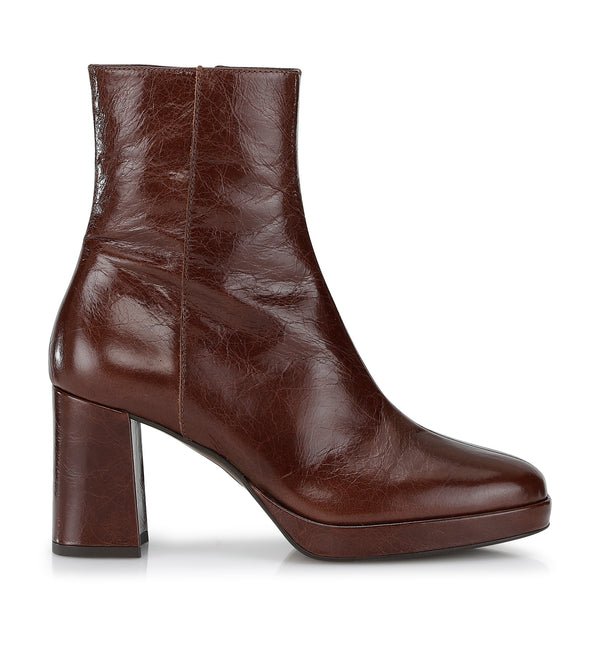 Shoe Biz Kitt Short Boot Brown