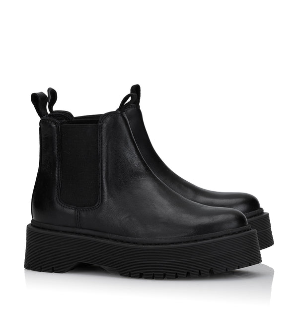 Shoe Biz Neyo Short Boot Black