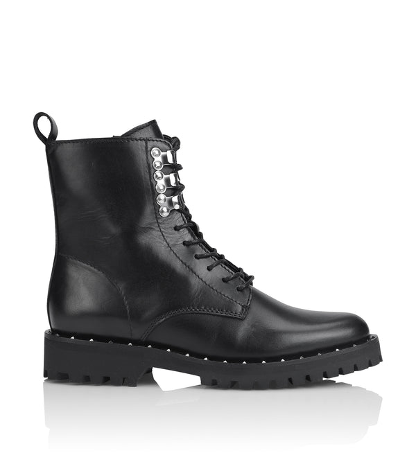 Shoe Biz Perpetua Short Boot Black
