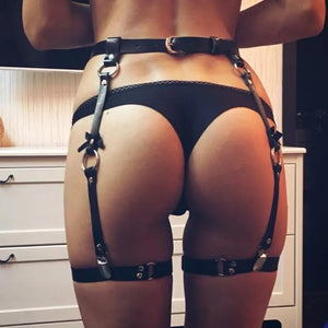 MY FABULOUS ASS ( HARNESS)