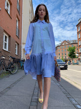 Indlæs billede til gallerivisning Light Blue shirt dress
