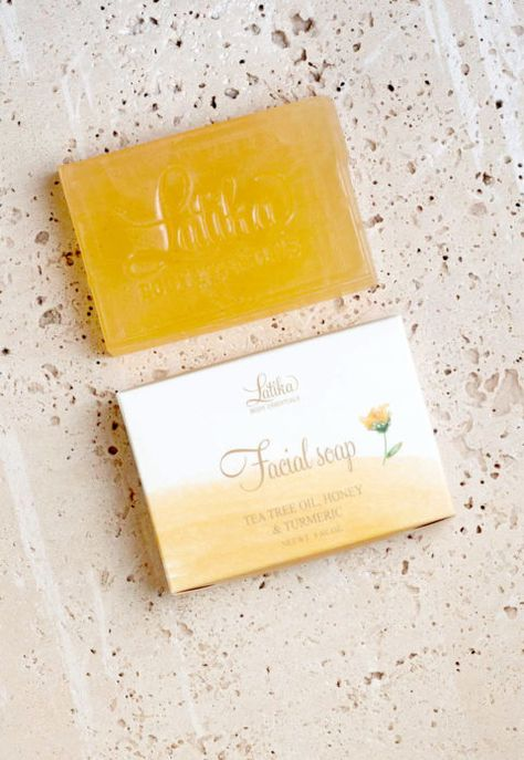 Tea Tree Oil, Honey & Tumeric Face Cleansing Bar