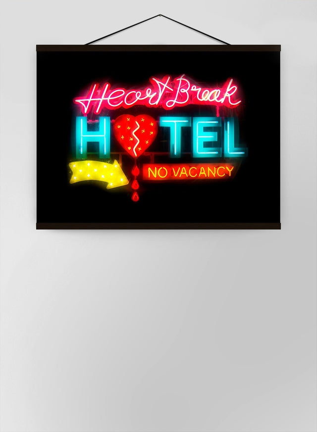 Heartbreak Hotel Sign Neon Canvas