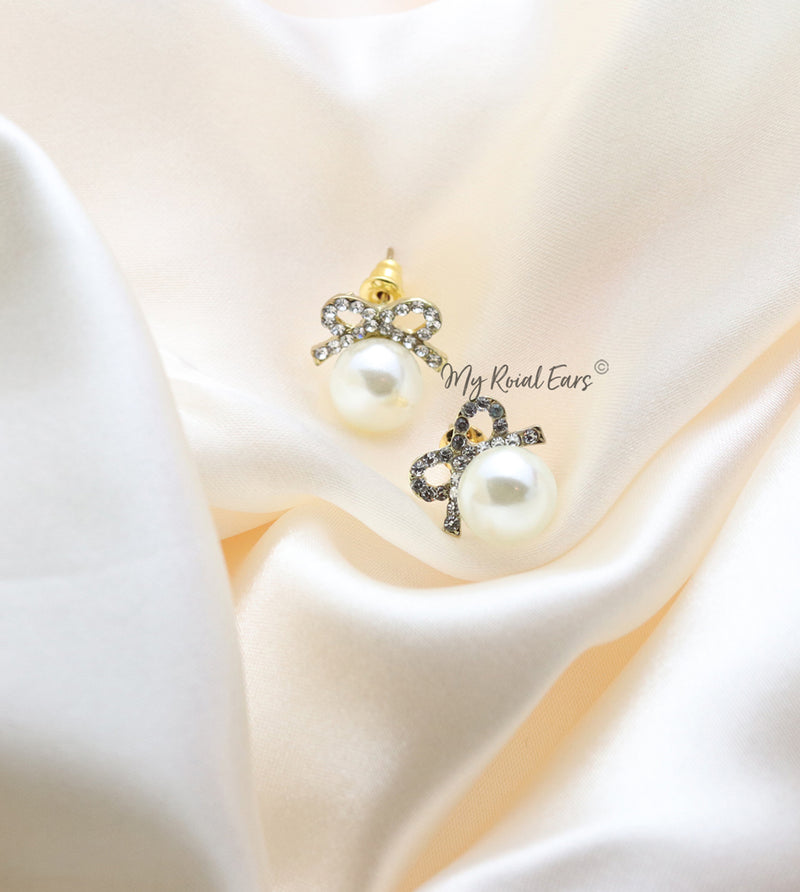 Q.Margaret-classic vintage bow crystal pearl bridal stud earrings - My Roial Ears LTD