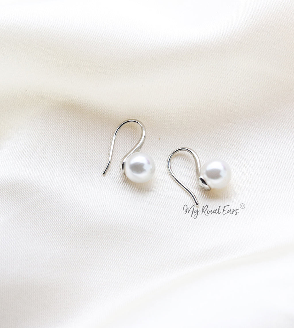 Q.Wanda Pearl-gold and silver plated elegant pearl hook bridal earrings - My Roial Ears LTD