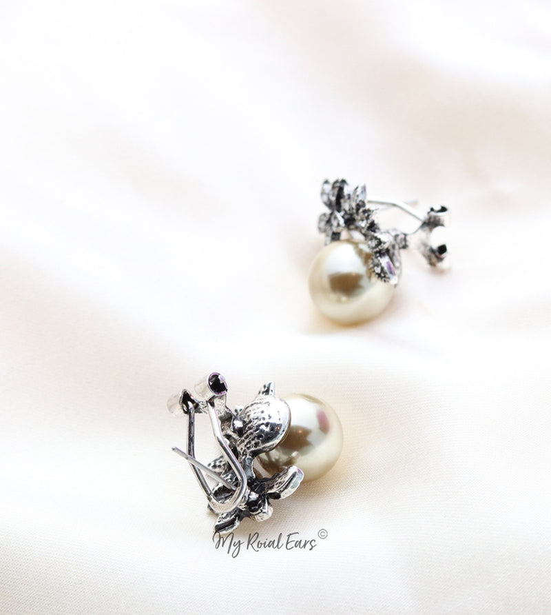 Q.Patricia-sophisticated antique pearl crystal bridal stud earrings - My Roial Ears LTD