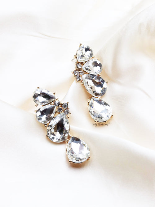 Q. ALICE-teardrop crystal modern bridal drop earrings