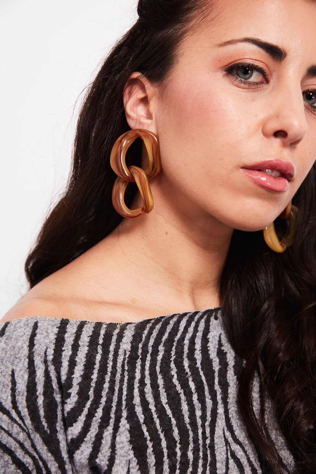 Calatheas- acrylic chain earrings - My Roial Ears LTD
