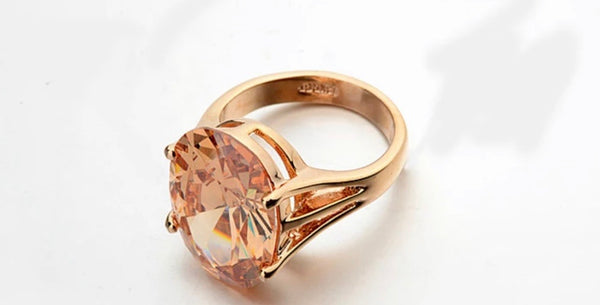 LUNARIS Petram Gold Crystal Ring