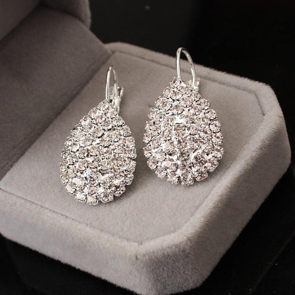 Personality peas transparent white crystal earrings