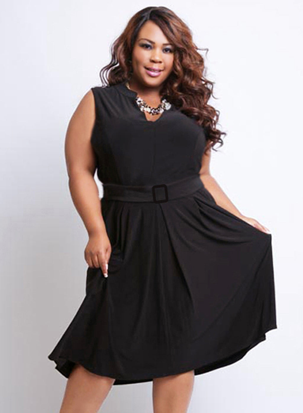 CURVY PLUS SIZE SLEEVELESS FIT & FLARE DRESS WITH PRINCESS SEAMS AND MATCHING BELT
