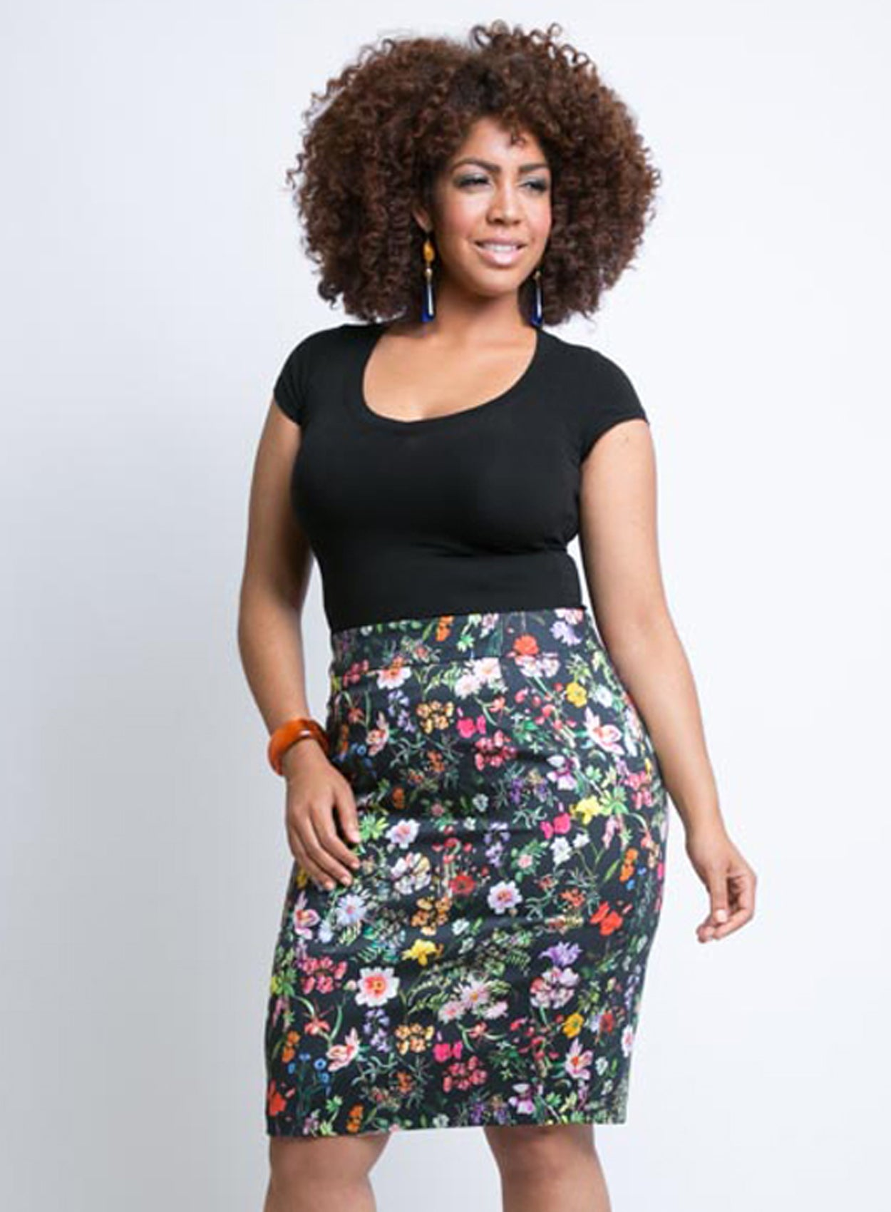CURVY PLUS SIZE PENCIL SKIRT IN BLACK COTTON FLORAL PRINT