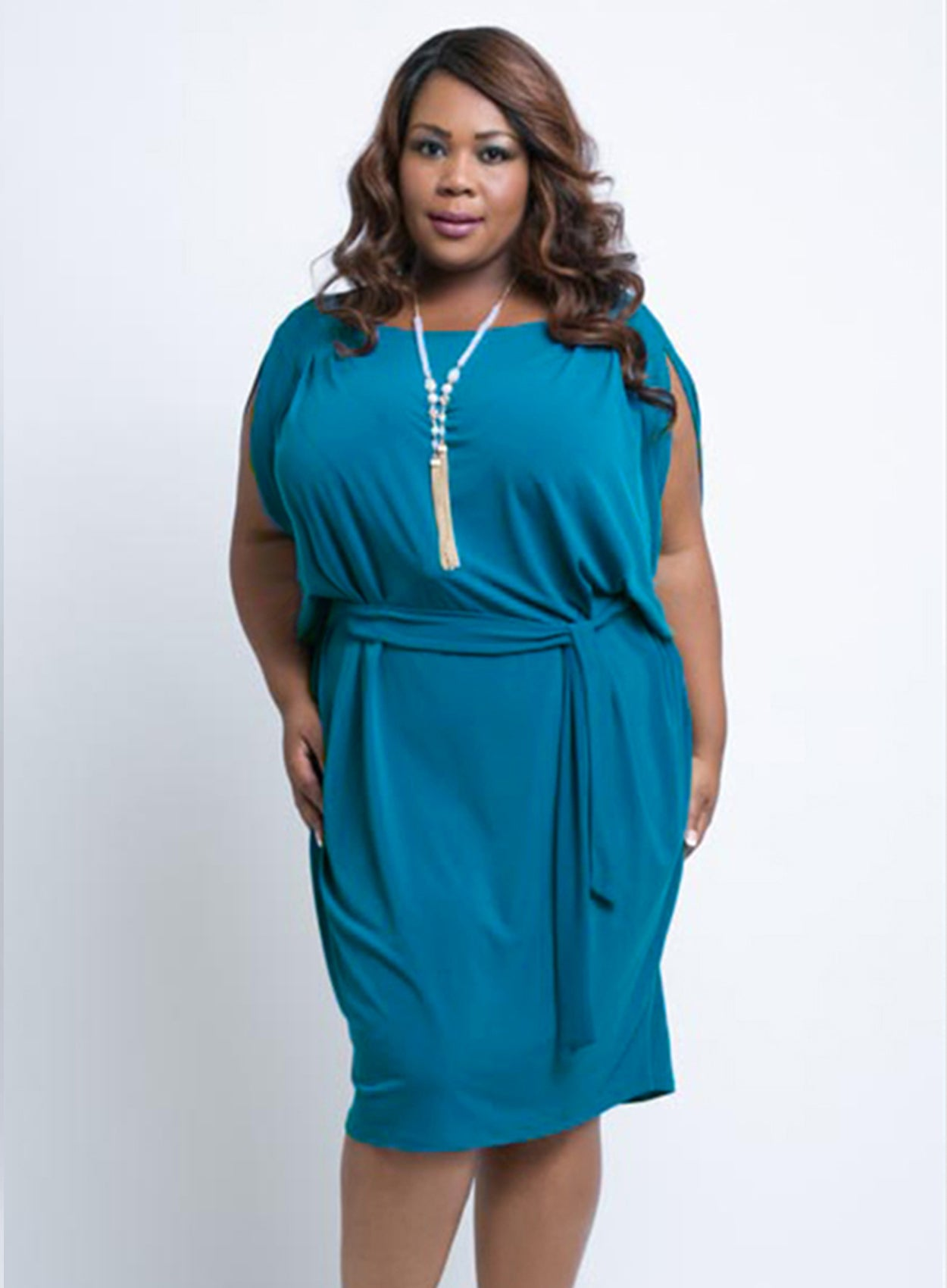 RELAXED FIT CURVY BLUE SLEEVELESS PLUS SIZE DRESS WITH TIE BELT